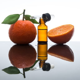 hyaluronic acid vitamin c
